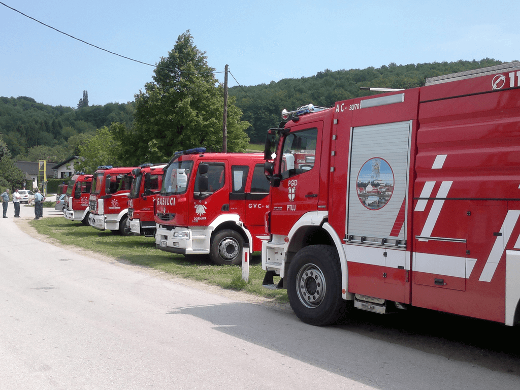 Predstavitev gasilskih avtocistern